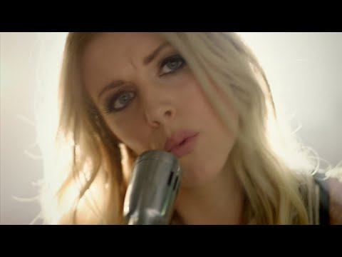 Lindsay Ell's career: 'I sort of pinch myself and it feels surreal'