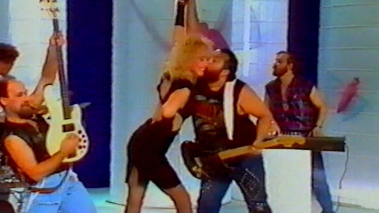 Lepa Brena - Sviraj Rock n Roll - (RTS 1986)