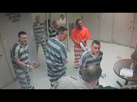 Parker County, Texas jail inmates break out of Weatherford cell to help save unconscious armed guard