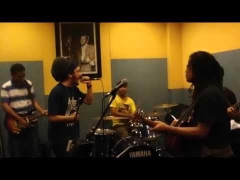 Ras Muhamad & the Easy Skankin feat. Tony Q . Rehearsal Feb. 11 2013