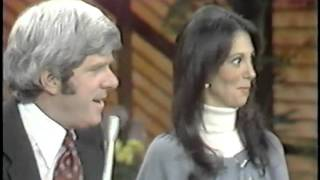 Marlo Thomas Meeting Phil on The Donahue Show