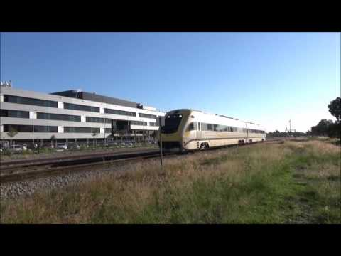 AvonLink and Prospector passenger trains through Midland
