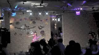 「White Rabbits Halloween Party」でMOMOピョンが披露した「夏祭り」の...