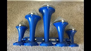 HD: EXTREMELY LOUD TRAIN HORNS! - My Collection