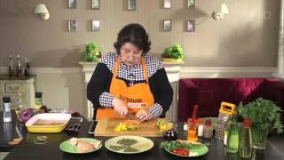 Рецепт куриной грудки в беконе с овощами, запеченной в гриль-бумаге