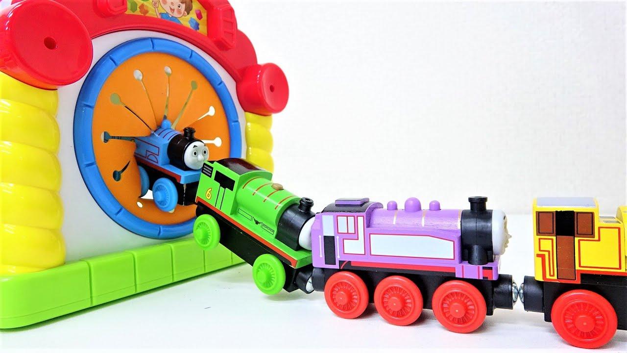 How many Thomas & Chuggington Toys get into the box? トーマスたちが何台すぽすぽ入るかな?