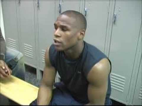 Mayweather talks about Obama, war in Iraq