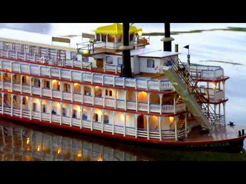 Creole Queen Raddampfer Paddlewheeler