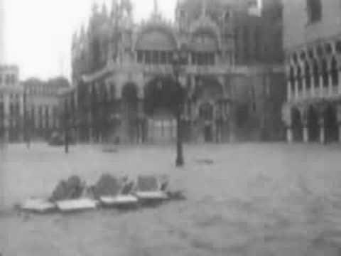 Venezia acqua alta 4 novembre 1966 - YouTube