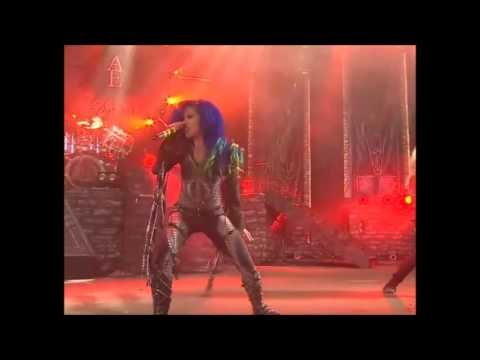 """Arch Enemy interview w/ Michael + Alissa - """"new album written and partially recorded"""".."""