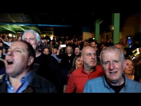 "Doobie Brothers ""Listen To The Music"" Glasgow 3/11/17 LIVE"