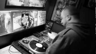 Teledysk: (Video) 1982 ft. Reks - Play Your Role