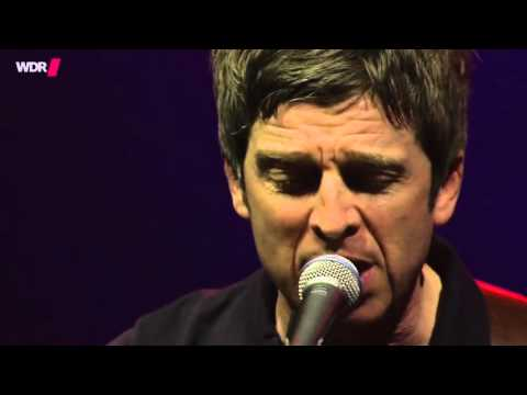 Noel Gallagher's High Flying Birds - Fade Away (Live)