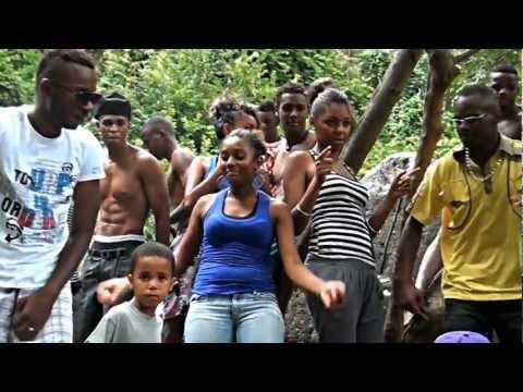 Baixar LA DANSE DU MABAWA Eli One & Le mwédéli Atitude Clip Officiel