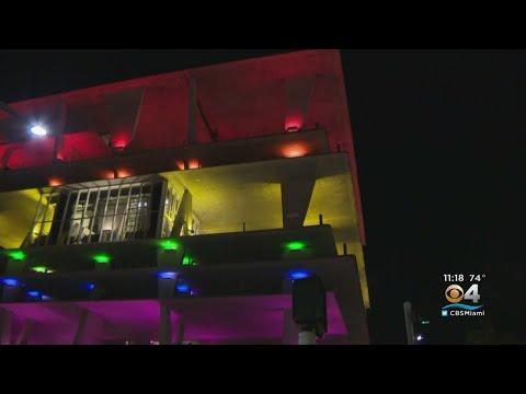 South Florida Celebrates LGBT Community With Miami Beach Pride