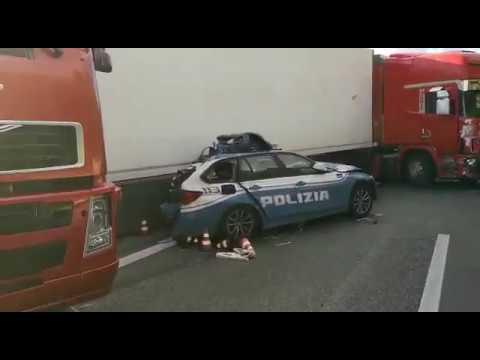 Incidente Catania-Messina: morto un poliziotto