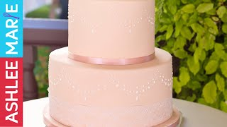 How To Stencil On A Cake With Royal Icing