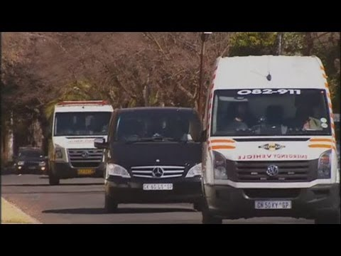 Nelson Mandela leaves hospital and returns to Johannesburg home