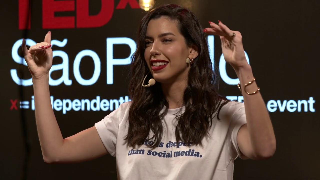 Download Autoestima: o poder de ser você mesmo | Camila Coutinho | TEDxSaoPaulo