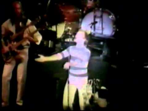 GENESIS - The Lady Lies - Knebworth, June 24th 1978 ( Complete Version )