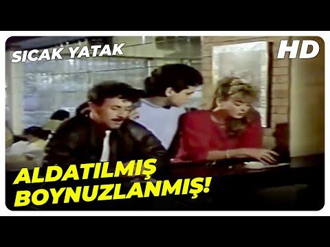 Sıcak Yatak - Benim Gönlüm Seninle Dolu Gamzem! | Harika Avcı Eski Türk Filmi
