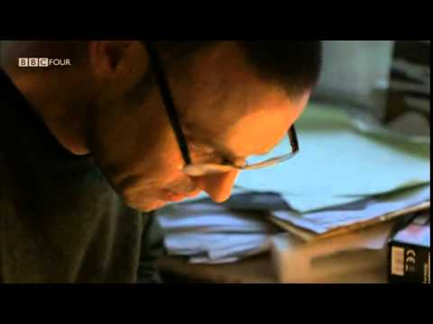 2/2 What Do Artists Do All Day - Frank Quitely