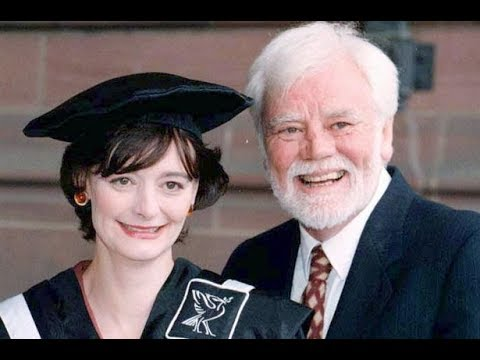 Tony Booth, actor and campaigner, dies aged 85