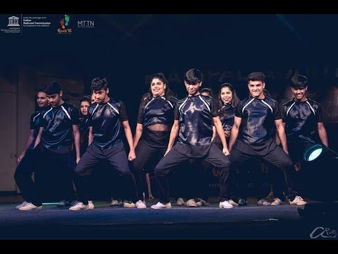The Showstoppers   WINNERS   Revels '18