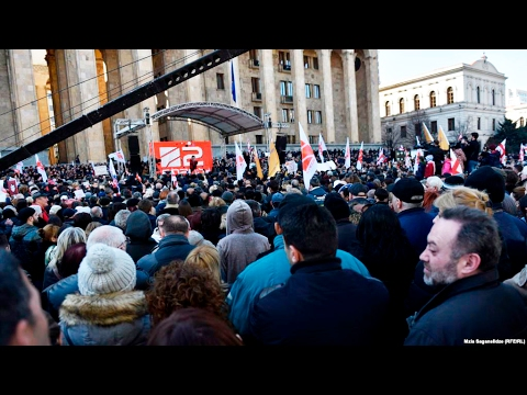 Rustavi 2 возобновил вещание