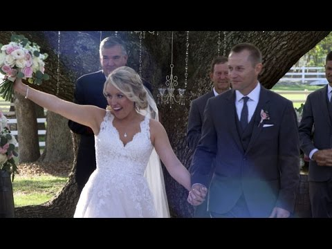 Thumbnail: Woman Marries EMT Who Saved Her Life After Ex-Boyfriend Stabbed Her 32 Times