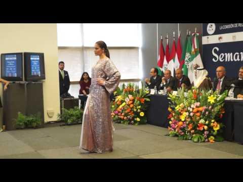Semana Arabe en México. Pasarela atuendos Medio Oriente