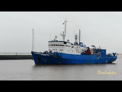 research survey vessel RS SENTINEL 9HA3754 IMO  7106877 inbound Emden seaship BJ 1971