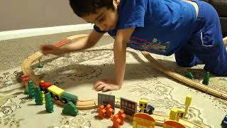 Parsa's train and track play