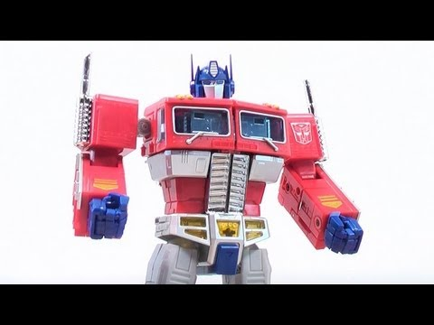 TOYS R US EXCLUSIVE MASTERPIECE OPTIMUS PRIME TOY REVIEW!!...