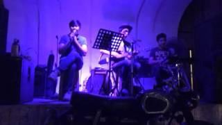รักไม่ช่วยอะไร cover by Koh Ment Amp