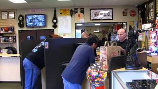 Orange County's 'Pawn Stars' - 2011-10-26