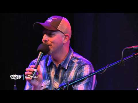 Justin Moore - Interview Part 1 (98.7 THE BULL)