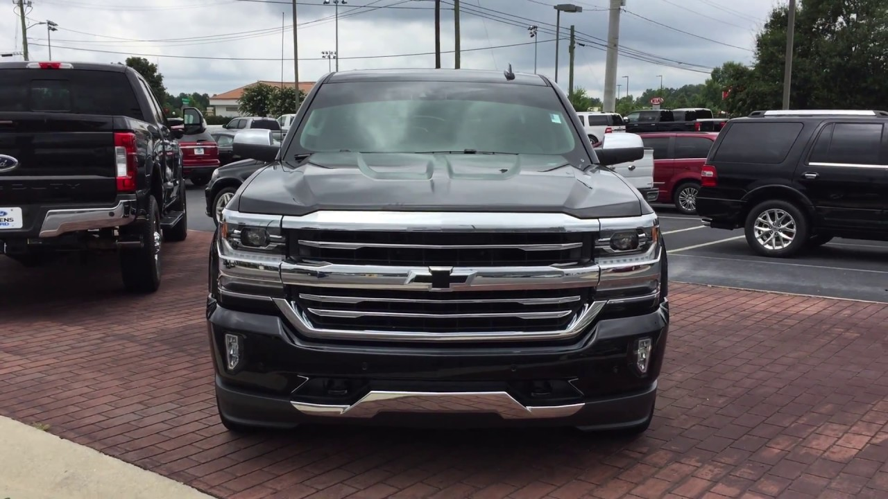 2017 chevrolet silverado 1500 high country 5 3l v8 4wd 355hp exterior and interior review for Chevrolet silverado high country interior