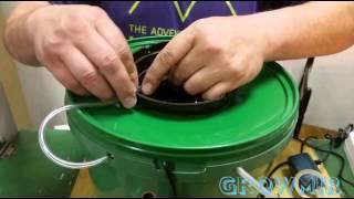 видео Система капельного полива растений в гидропонном методе выращивания