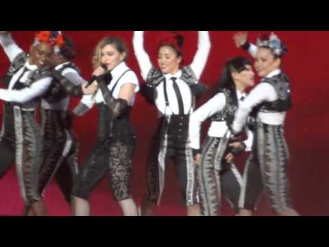 Madonna - Rebel Heart Tour 2015: La Isla Bonita