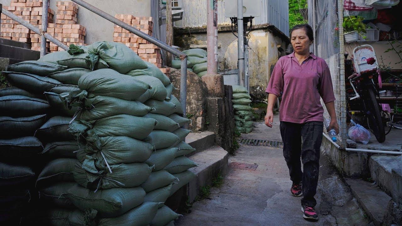 Typhoon Mangkhut heads toward Philippines, China