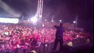 Kissy Sell Out & MC Cobra SMASHING IT live at WAKESTOCK 2011!