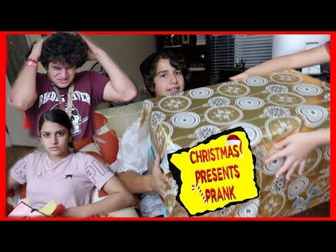 CHRISTMAS PRESENTS PRANK ON OUR 3 COUSINS / KEVIN , KEILLY AND KENDRY   VLOGMAS DAY 14