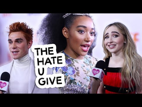 "What do Amandla Stenberg, KJ Apa and Sabrina Carpenter Love About Themselves? | ""The Hate U Give"""