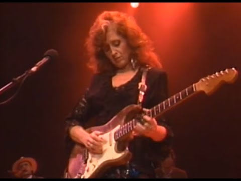 Bonnie Raitt - Nick Of Time - 11/26/1989 - Henry J  Kaiser Auditorium  (Official)