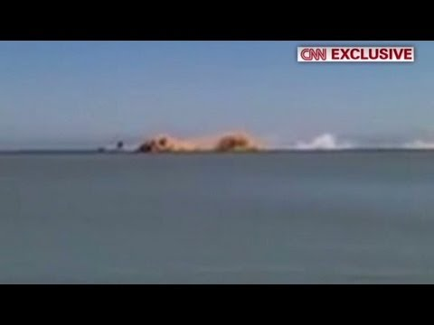 Man catches plane crash on camera