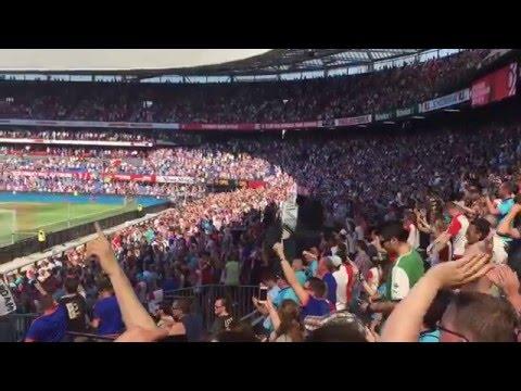 8 mei 2016 | De Kuip viert feest na gelijkspel Ajax | Feyenoord - NEC 1-0