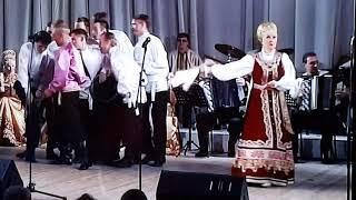 Gambar cover Заслуженная артистка России Людмила Суханова и солист танцевальной группы Александр Суханов