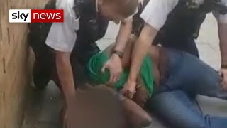 Met Police 'must apologise for knee on neck arrest', says lawyer