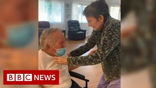 Elderly couple, married for 60 years, reunited after 215 days apart - BBC News